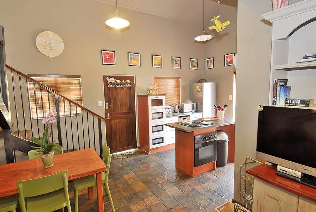 Cape Flats Kitchen and Dining Area